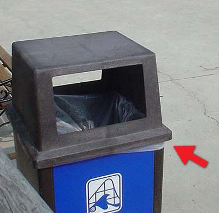 Trash can with arrow